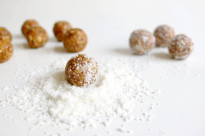 Aprikosen Kokos Energy Balls