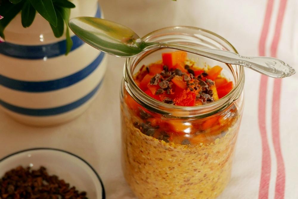 healthy friday food m esli mit kurkuma persimmon. Black Bedroom Furniture Sets. Home Design Ideas